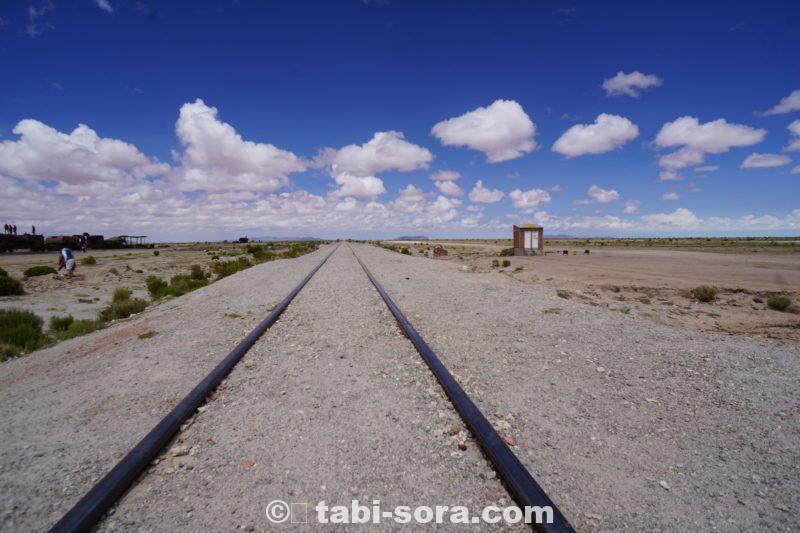 ボリビア、列車の墓場