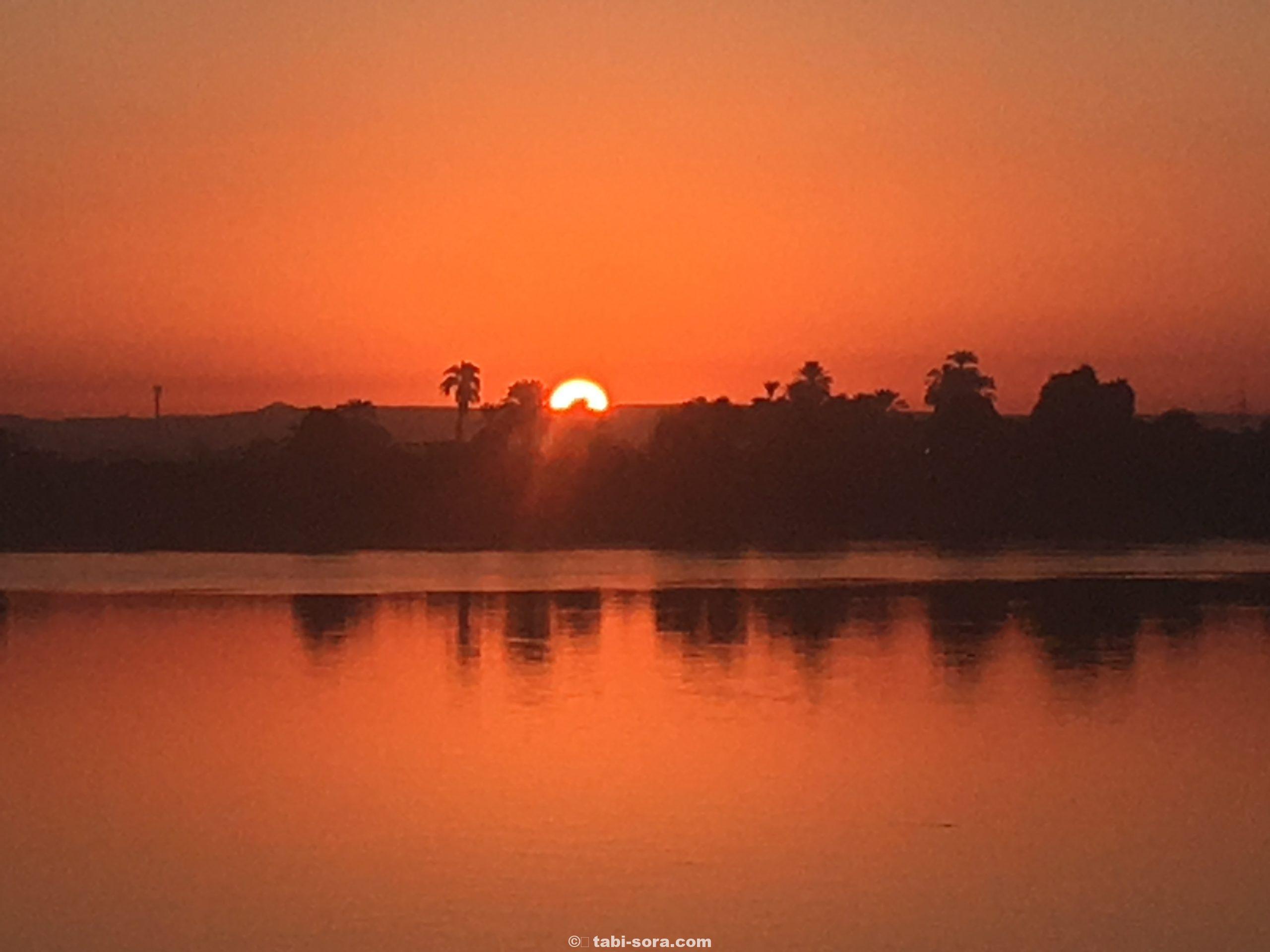 ナイル川の夕陽